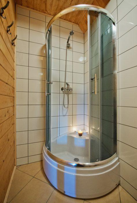 Prysznic, domki do wynajęcia nad morzem, Sarbinowo