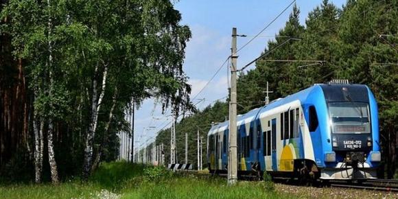 Kolej wąskotorowa, kolej międzymiastowa - wakacje nad morzem, Sarbinowo