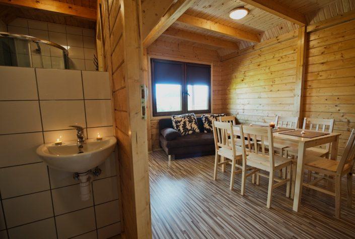 Łazienka, domki do wynajęcia nad morzem, Sarbinowo