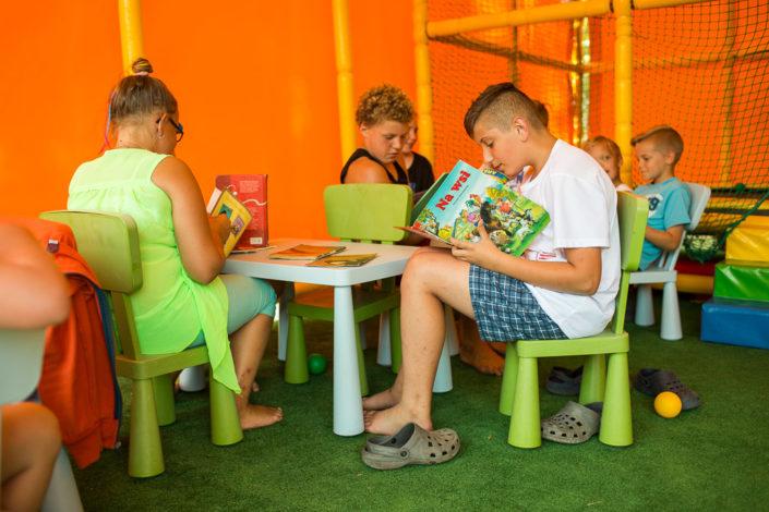Zabawa przez edukacje, wczasy nad morzem domki, Sarbinowo